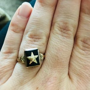 Vintage 10K Gold Eastern Star Masonic Ring